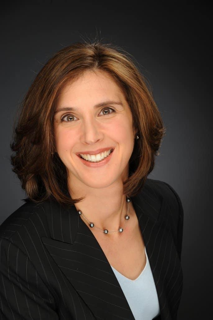 Dr. Elizabeth Krause Headshot